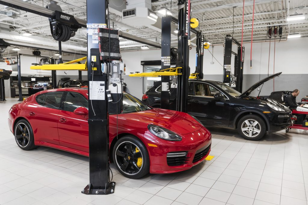 Porsche of South Shore 12