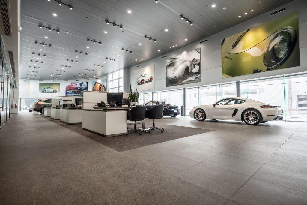 Porsche of South Shore 26