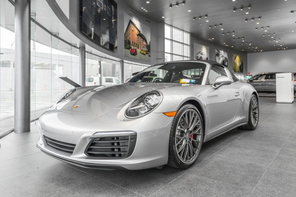 Porsche of South Shore 36
