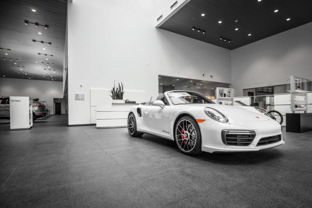 Porsche of South Shore 40